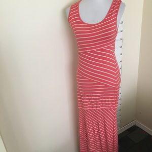 Max Studio Striped Maxi Dress L layer Sleeveless